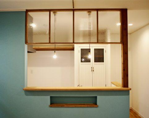 ブルーのキッチン。